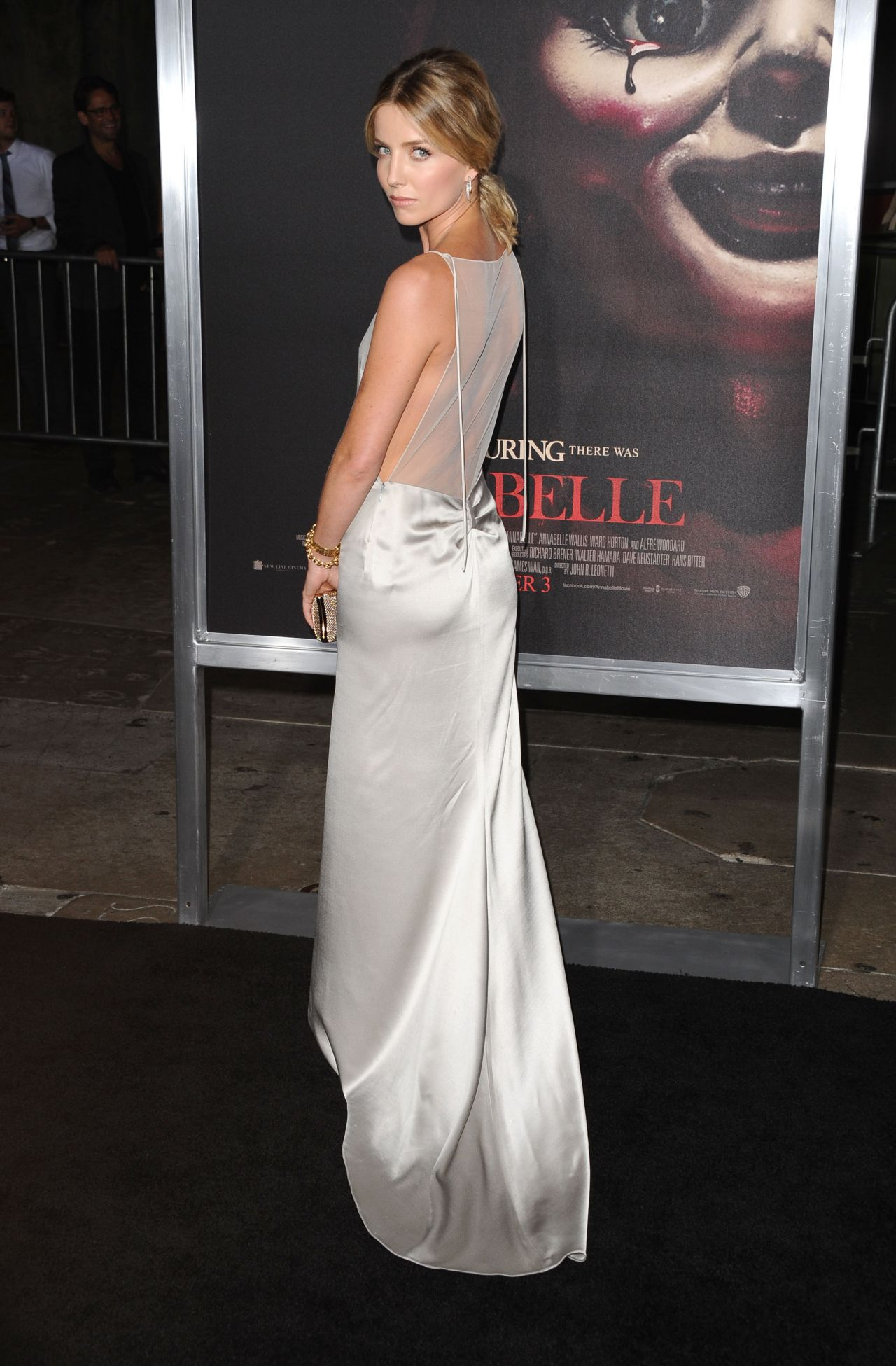 annabelle-wallis-annabelle-screening-in-hollywood_6