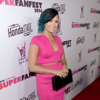 demi-lovato-at-vevo-certified-superfanfest-in-santa-monica_4