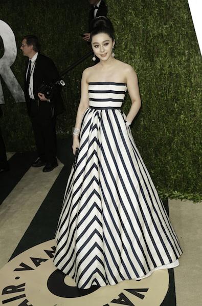 Fan Bingbing in Oscar de la Renta at the 2013 Vanity Fair Oscar Party