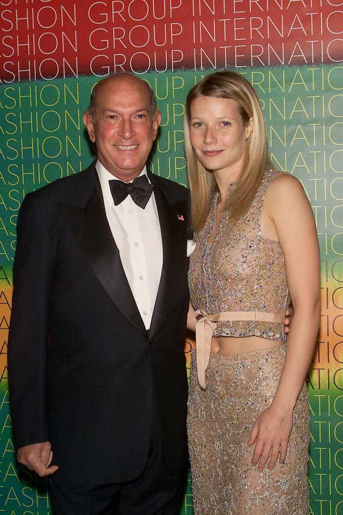 Gwyneth Paltrow And Oscar De La Renta, 2001