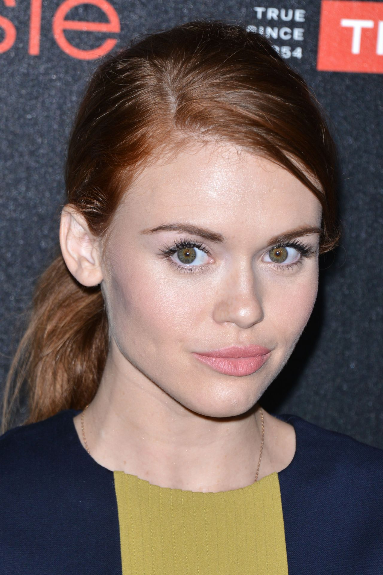 holland-roden-people-ones-to-watch-party-in-los-angeles-oct.-2014_3