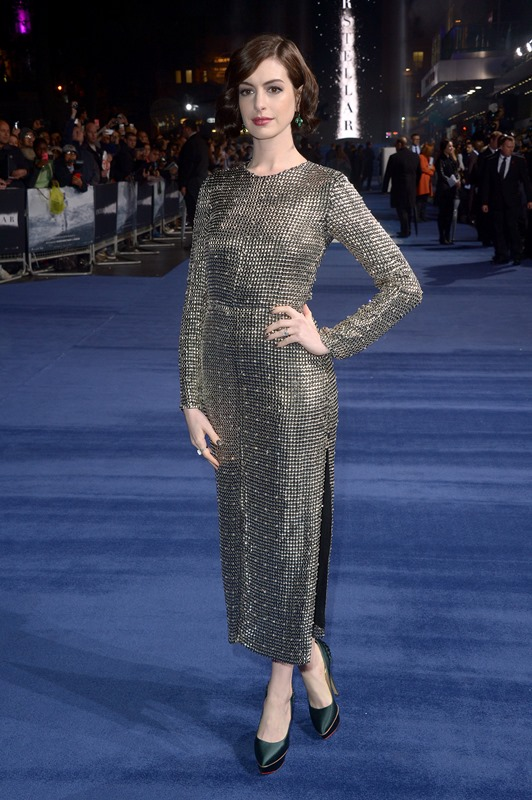Anne Hathaway wears Wes Gordon – 'Interstellar' London Premiere