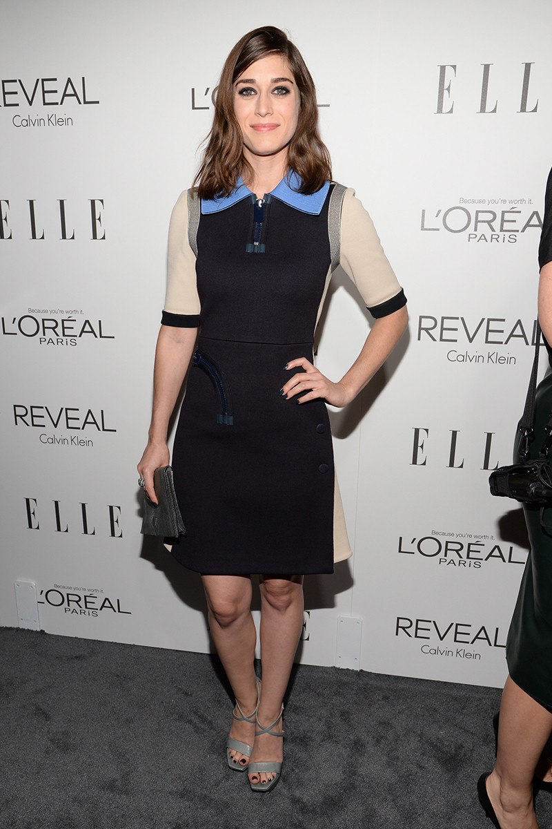 Lizzy-Caplan-The-21st-Annual-Elle-Women-in-Hollywood-Celebration-