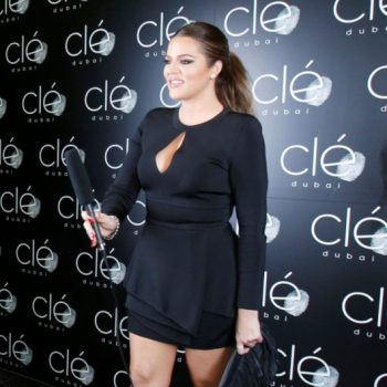 khloe-kardashian-dubai-hollywood-meets-bollywood-balmain-dress-giuseppe-zanotti-sandals-2