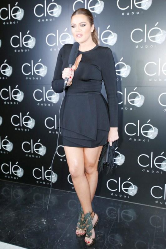 khloe-kardashian-dubai-hollywood-meets-bollywood-balmain-dress-giuseppe-zanotti-sandals