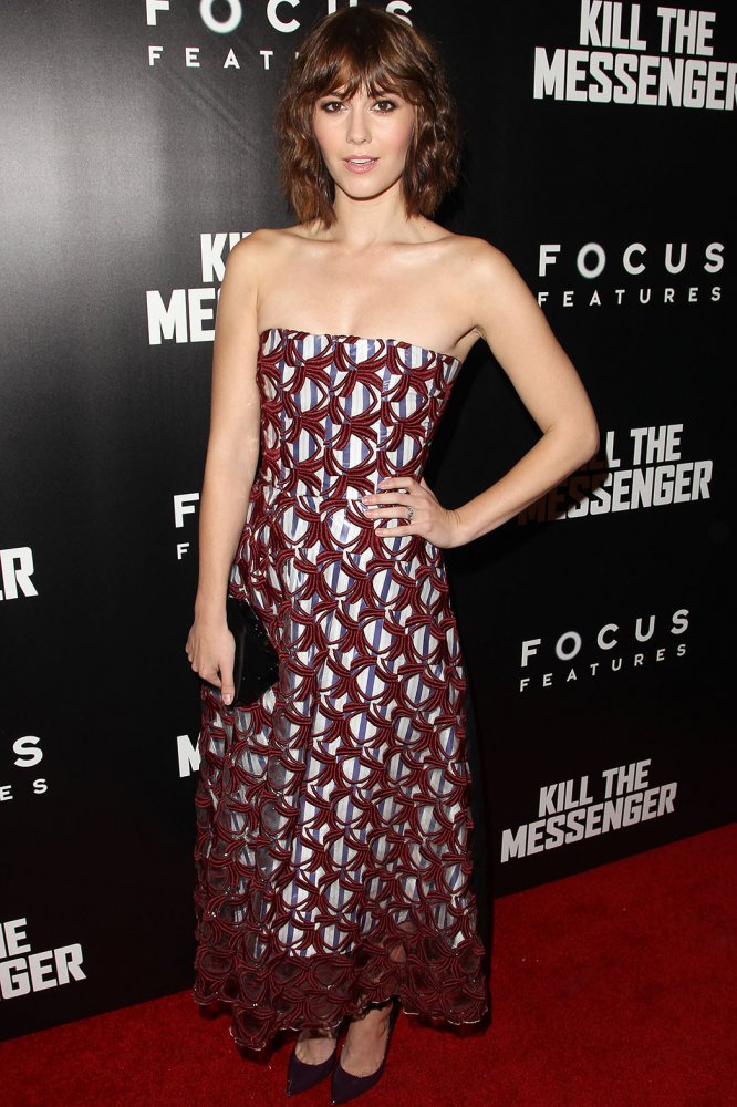 Mary Elizabeth Winstead In Roksanda – 'Kill The Messenger' New York Screening
