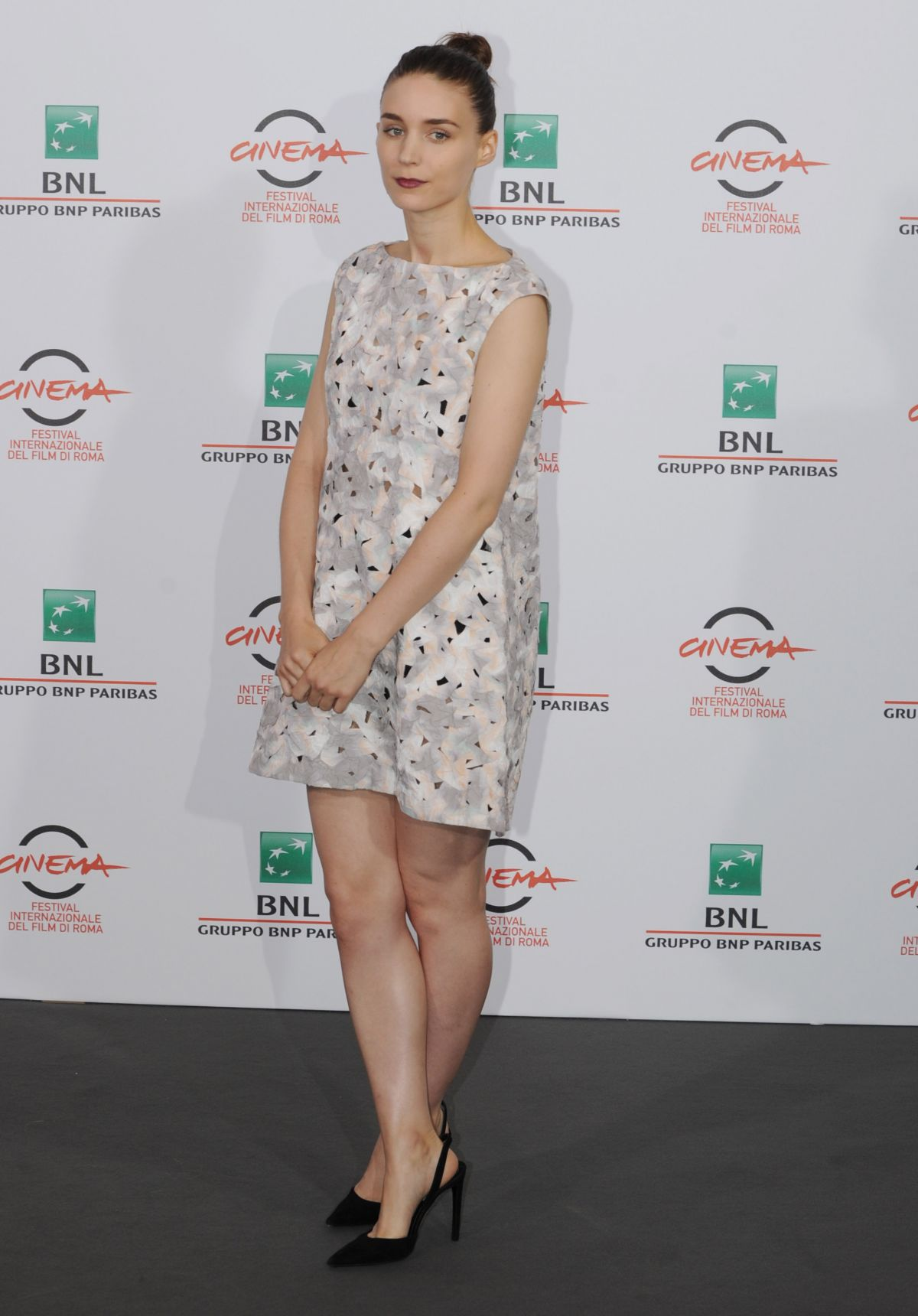 rooney-mara-at-trash-photocall-during-the-9th-rome-film-festival_9