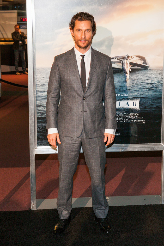 matthew-mcconaughey-wears-dsquared2-windowpane-suit-interstellar-washington-d-c-premiere/