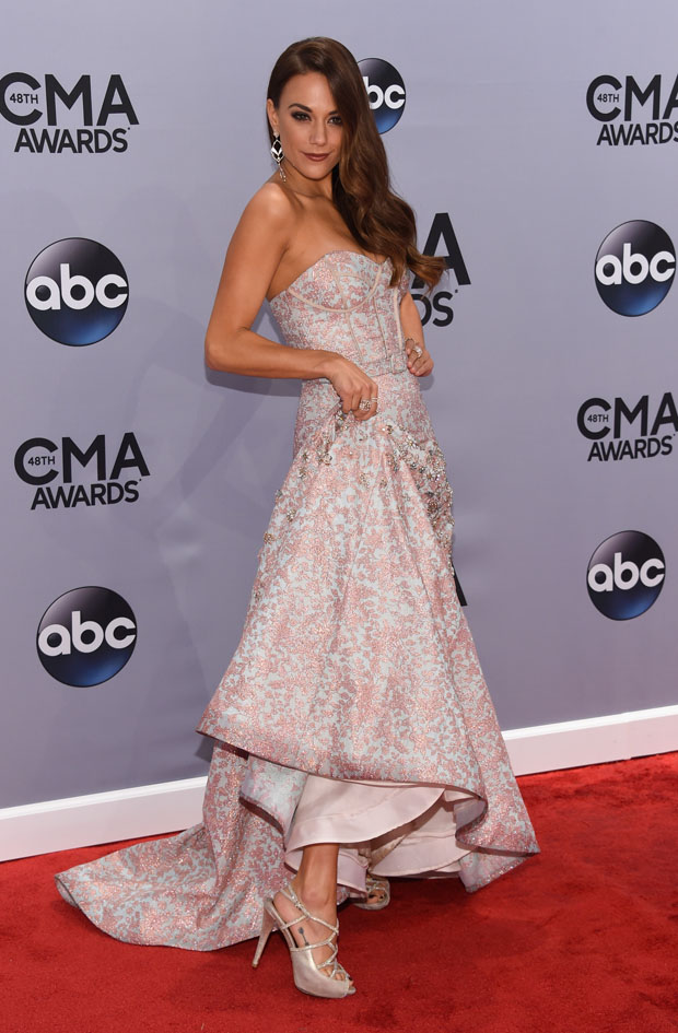 48th-annual-cma-awards-arrivals-1
