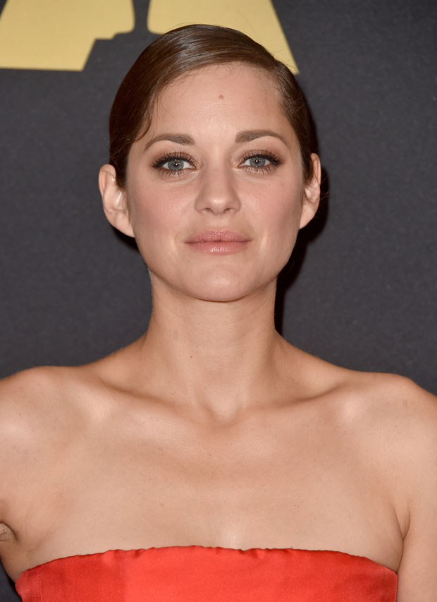 marion-cotillard-christian-dior-couture-academy-motion-picture-arts-sciences-governors-awards/