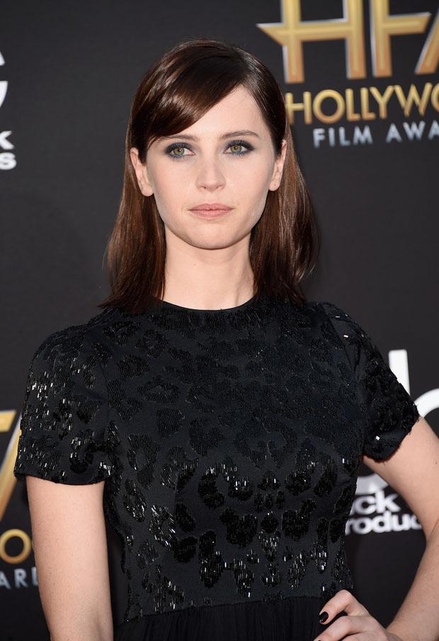 felicity-jones-alexander-mcqueen-2014-hollywood-film-awards/