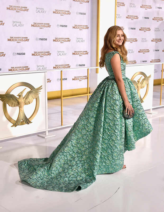 willow-shields-christian-siriano-hunger-games-mockingjay-part-1-la-premiere/