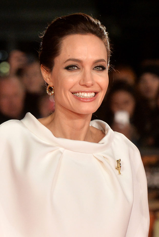 angelina-jolie-ralph-russo-couture-unbroken-london-premiere/unbroken-uk-premiere-red-carpet-arrivals