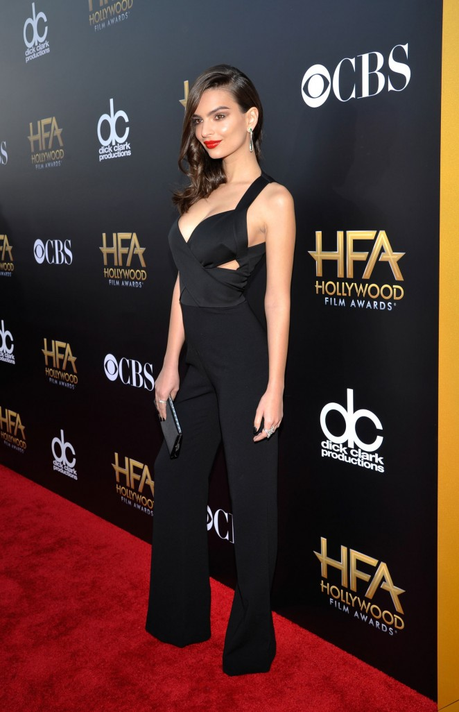 Emily-Ratajkowski-in-Diane-von-Furstenberg-Jumpsuit-18th-Annual-Hollywood-Film-Awards