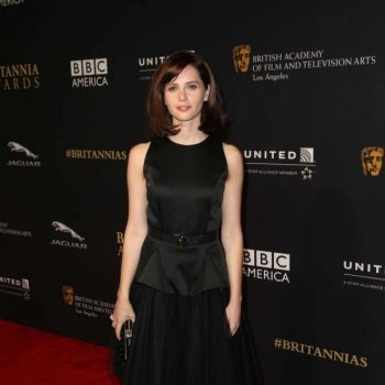 Felicity-Jones-2014-BAFTA-02-662×993
