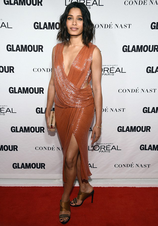 freida-pinto-jason-wu-glamour-women-year-awards/