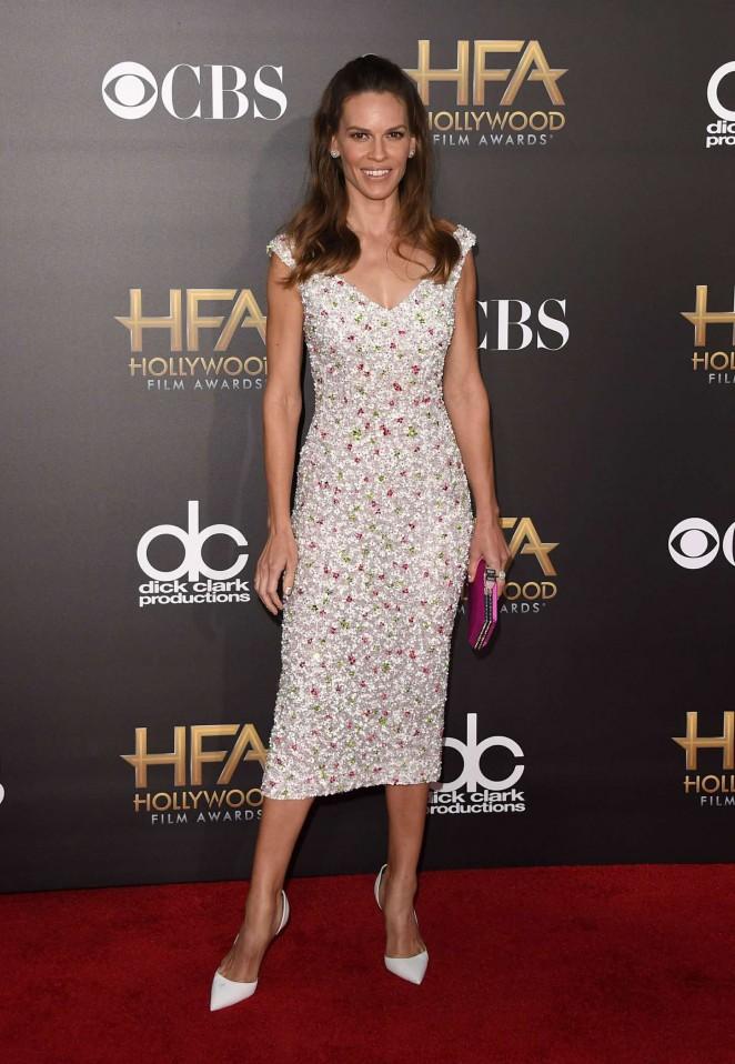 Hilary-Swank-2014-Hollywood-Film-Awards-13-662×958