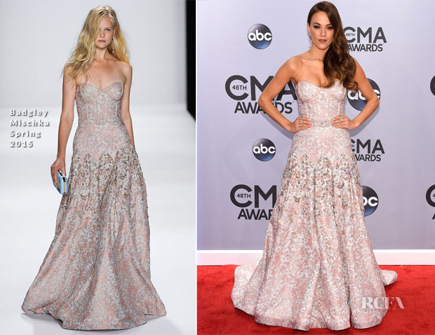 Jana-Kramer-In-Badgley-Mischka-2014-CMA-Awards