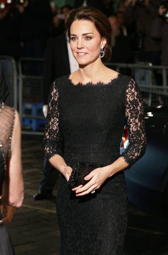 Kate-Middleton-Royal-Variety-performance-221637