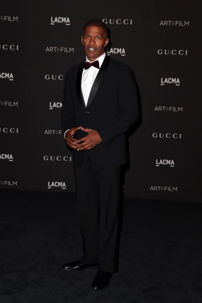 The-2014-LACMA-Awards-jamie-foxx-red-carpet