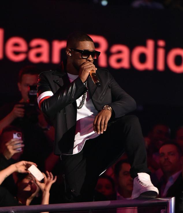 Usher-Pyer-Moss-Jacket-Balenciaga-sneakers-6
