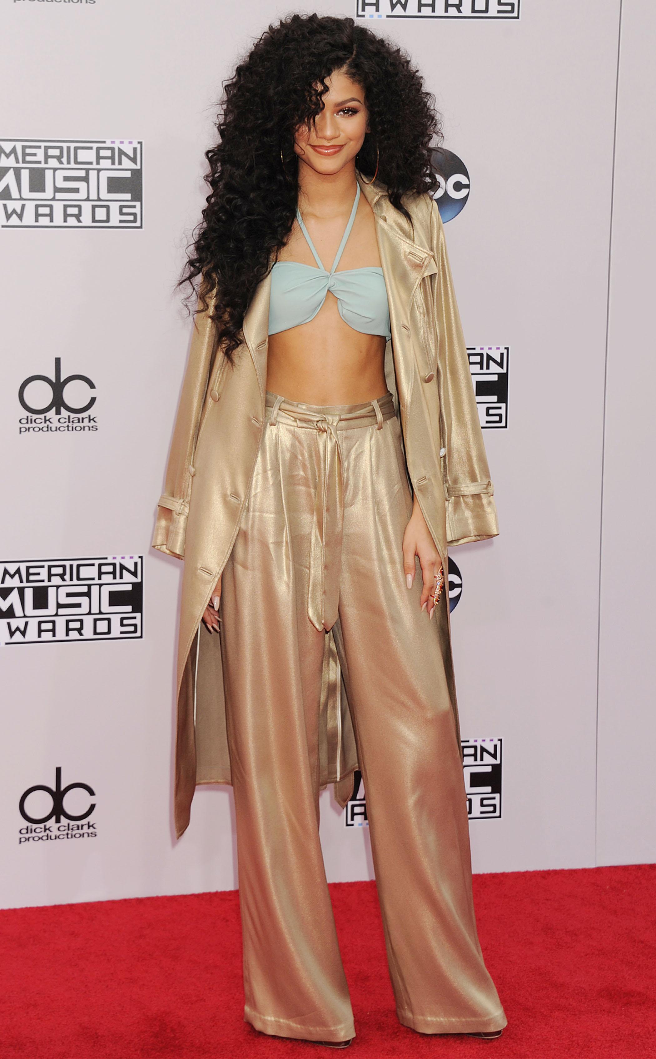 zendaya-coleman-georgine-2014-american-music-awards/