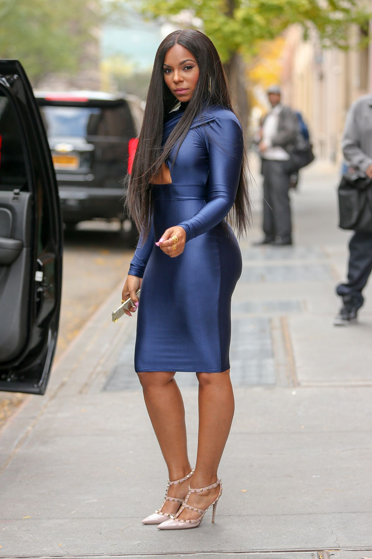 ashanti-after-co-hosting-the-view-in-new-york-city-_21