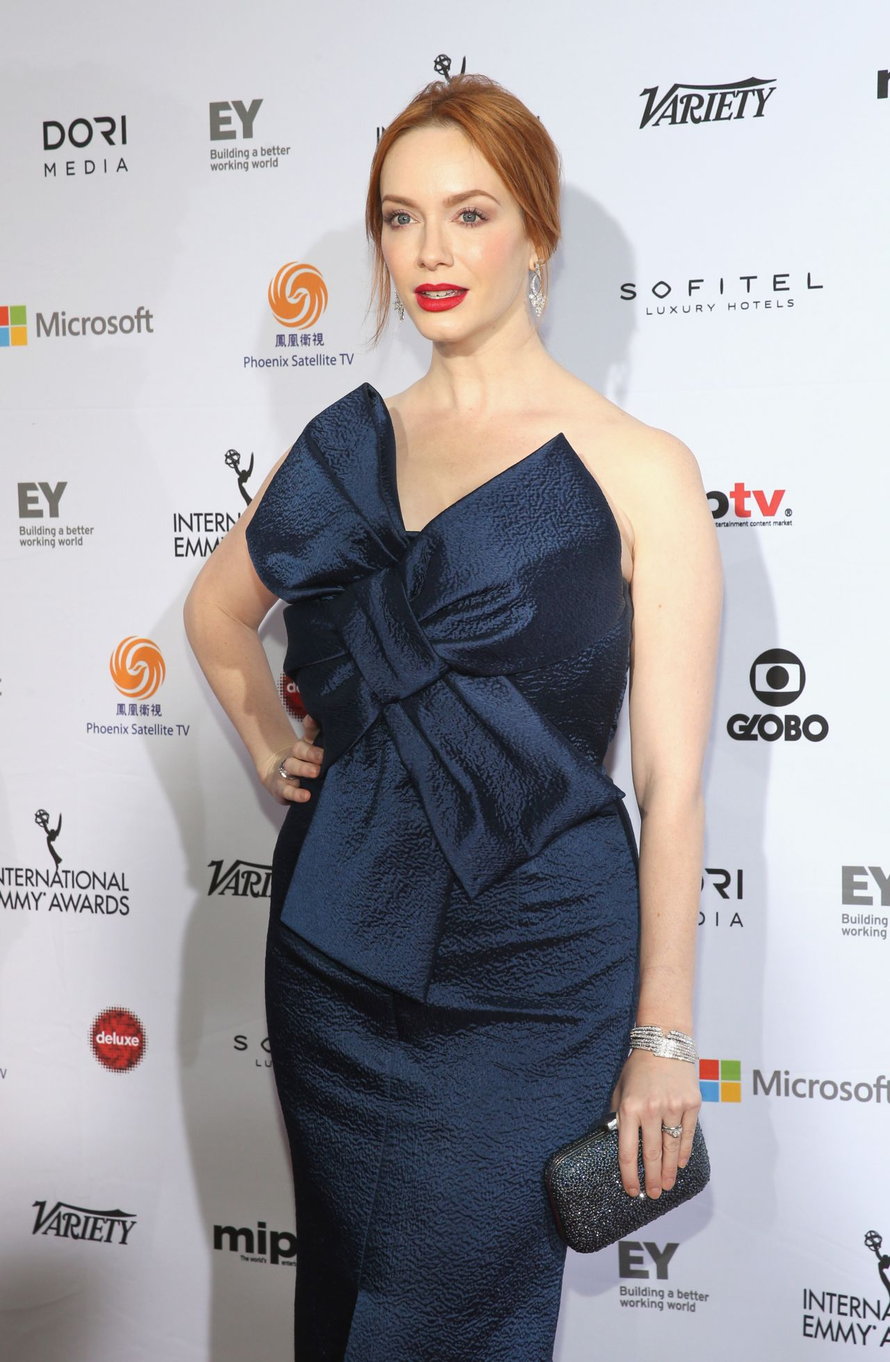 christina-hendricks-2014-international-academy-of-television-arts-sciences-emmy-awards-in-new-york-city_3