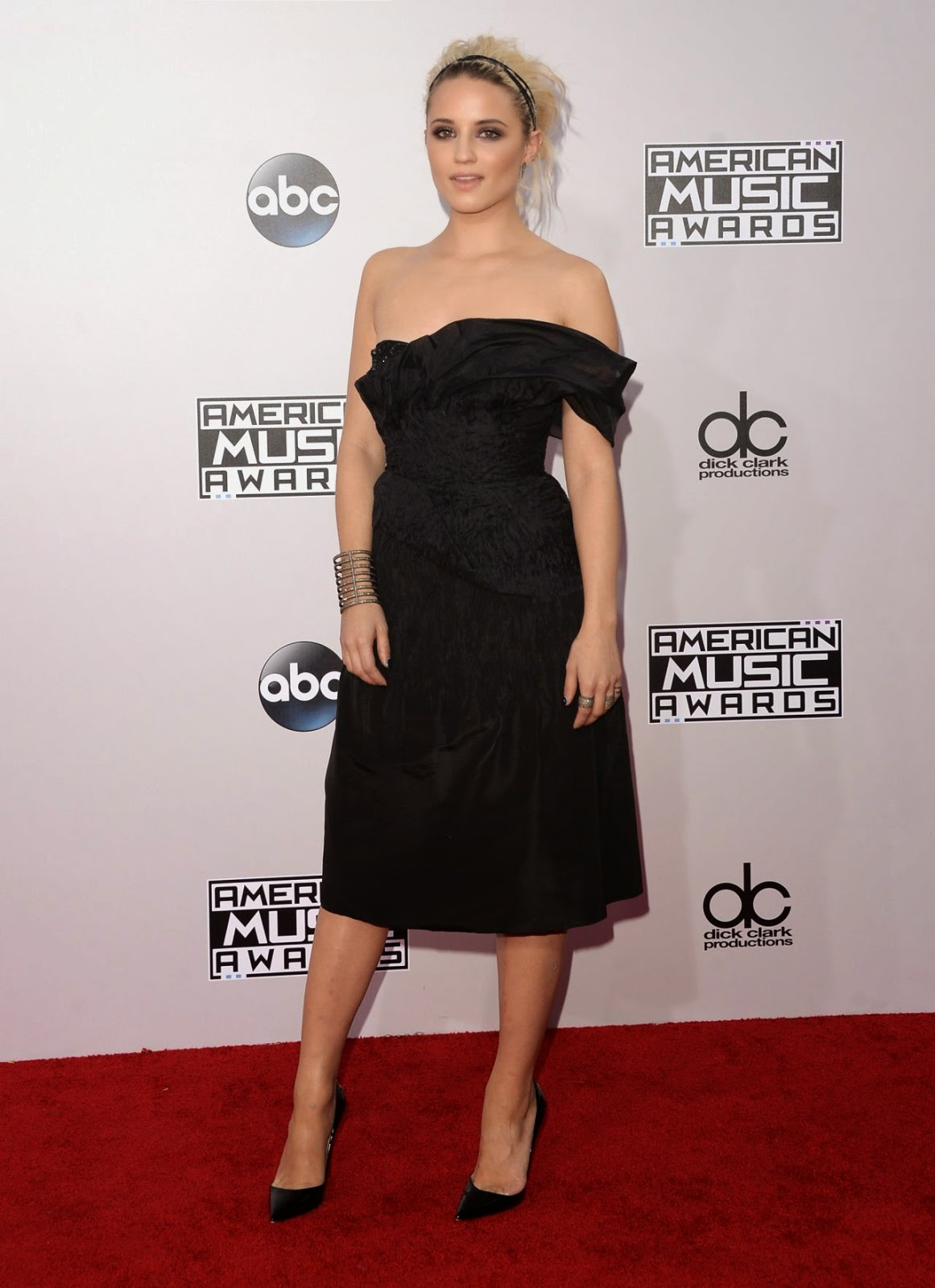 dianna-agron-2014-american-music-awards-03