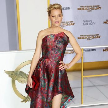 elizabeth-banks-premiere-mockingjay-part-1-02
