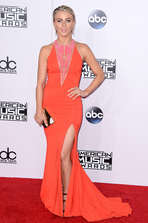 Julianne Hough In Zuhair Murad – 2014 American Music Awards