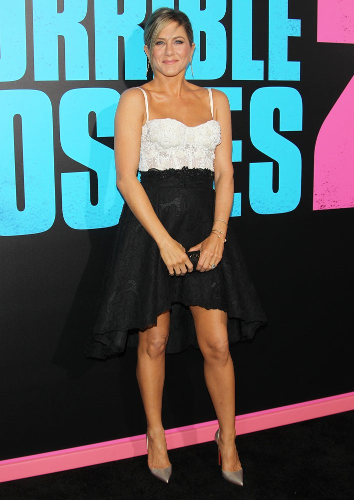 jennifer-aniston-premiere-horrible-bosses-2-02