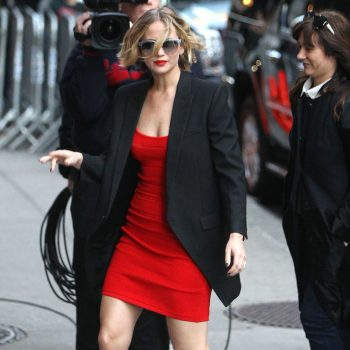 jennifer-lawrence-arriving-to-appear-on-late-show-with-david-letterman-in-new-york-city-nov.-2014_7