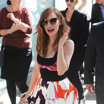 jessica-chastain-at-matthew-mcconaughey-honored-on-the-hollywood-walk-of-fame_1