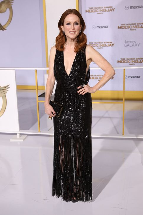 julianne-moore-sequin-fringe-black-tom-ford-hunger-games-mockingjay-los-angeles-premiere-2014-h724