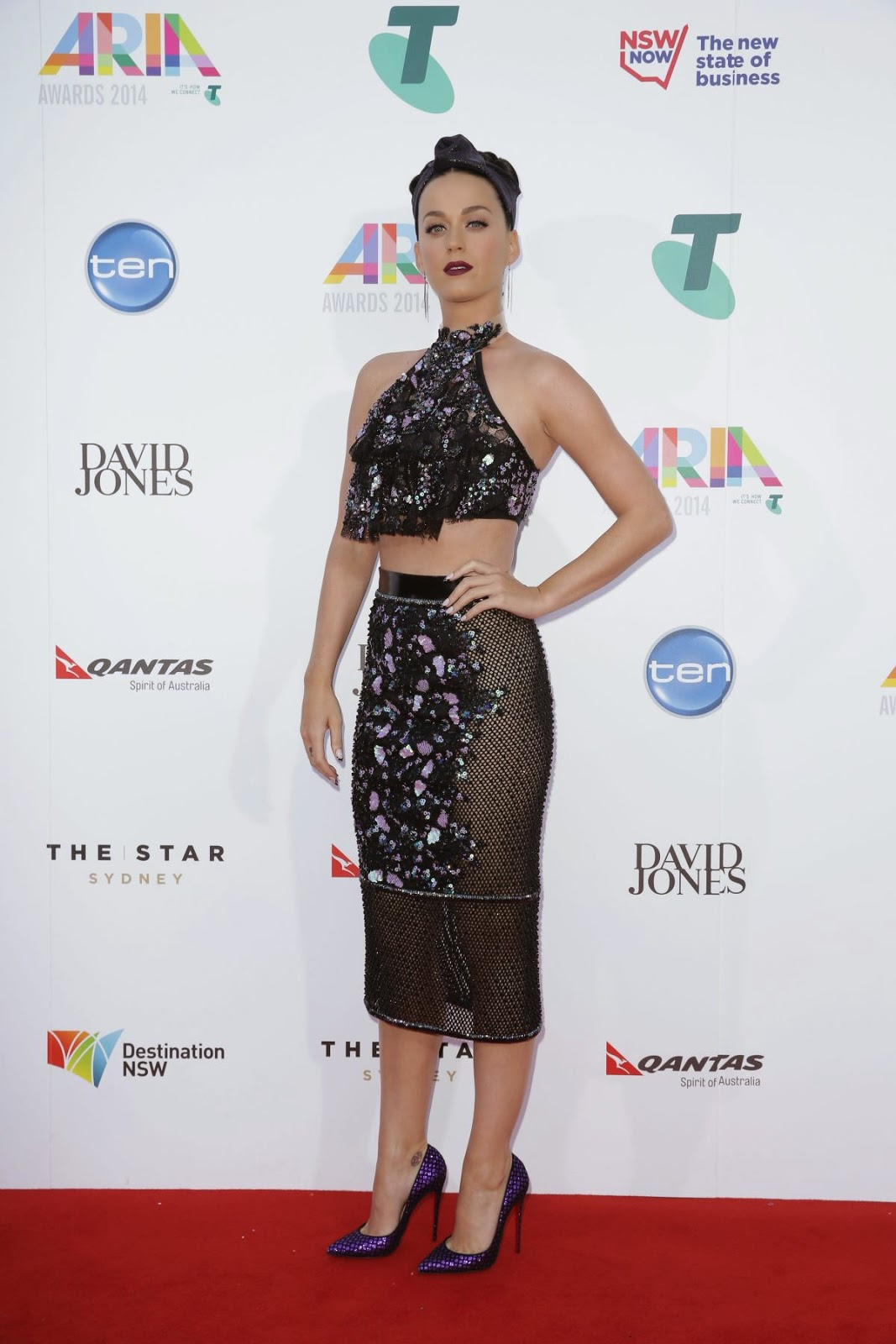 katy-perry-aarriving-to-the-28th-annual-aria-awards-in-sydney_6