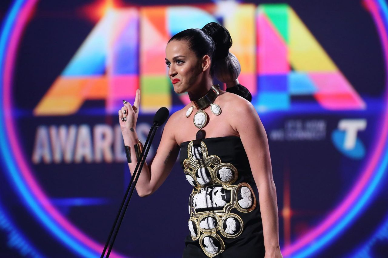 katy-perry-aria-awards-2014-in-sydney-part-ii-_2