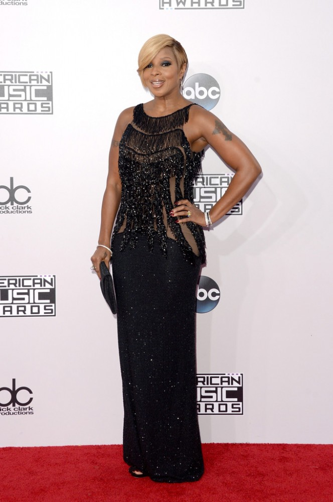 mary-j-blige-2014-American-Music-Awards-Arrivals-4Q5ZLg7h6CYx-664×1000