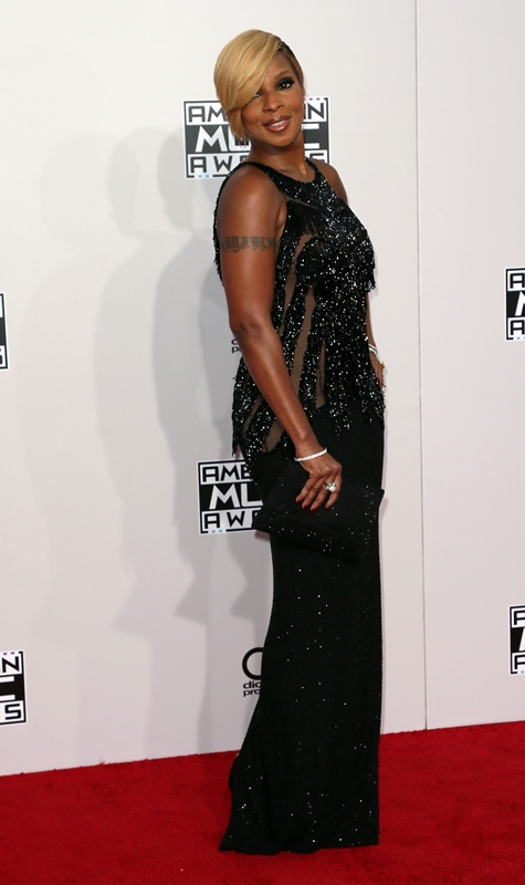 mary-j-blige-2014-American-Music-Awards-Arrivals-4Q5ZLg7h6CYx-664x1000