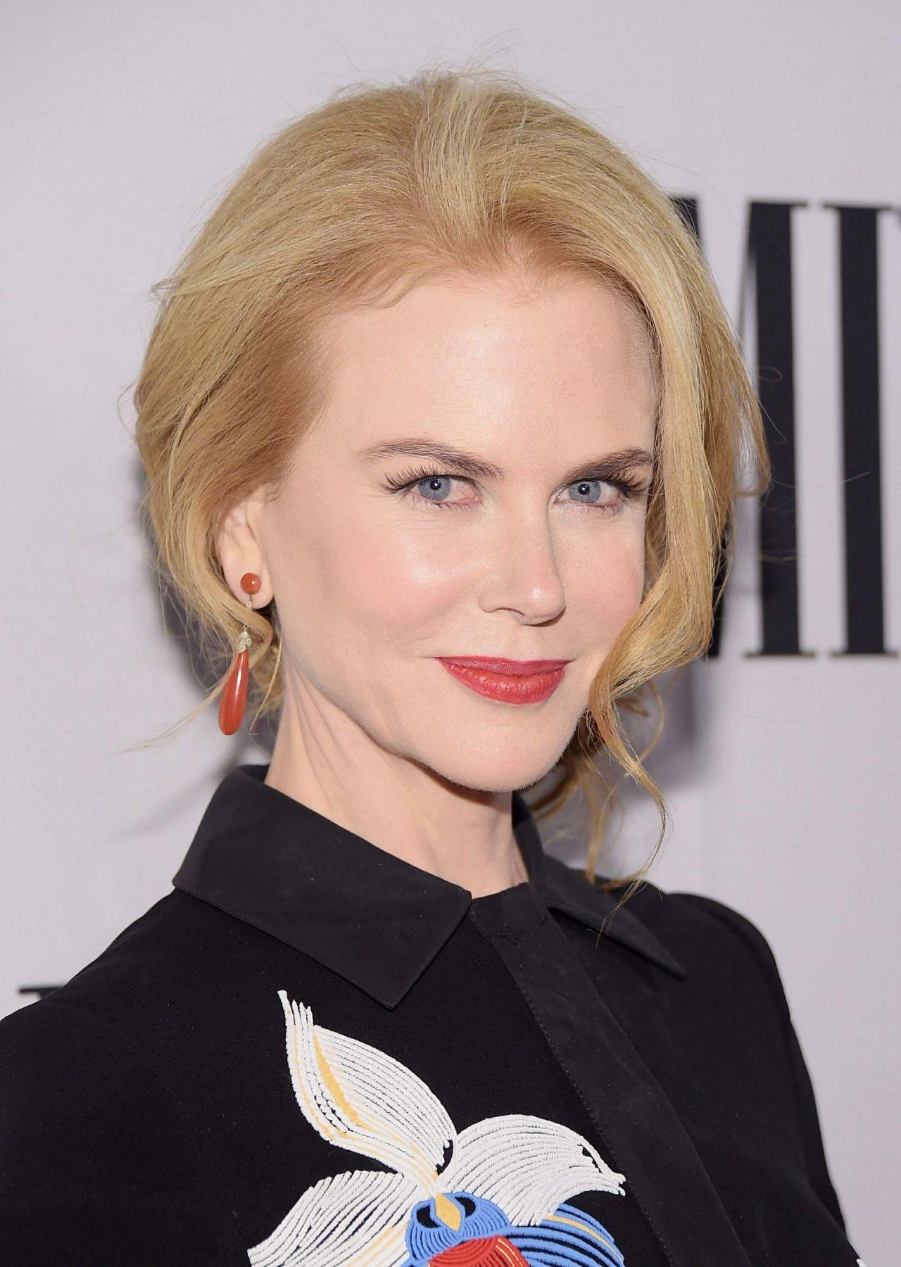 nicole-kidman-2014-bmi-country-awards-in-nashville_4