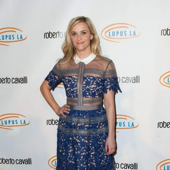 reese-witherspoon-2014-lupus-la-hollywood-bag-ladies-luncheon_1