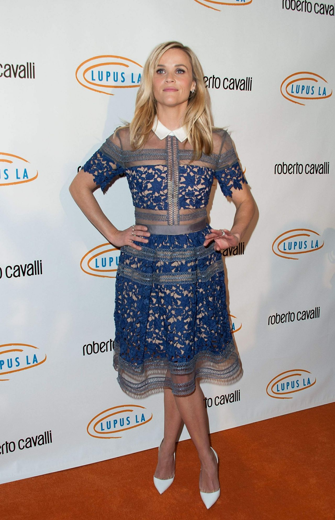 reese-witherspoon-2014-lupus-la-hollywood-bag-ladies-luncheon_3