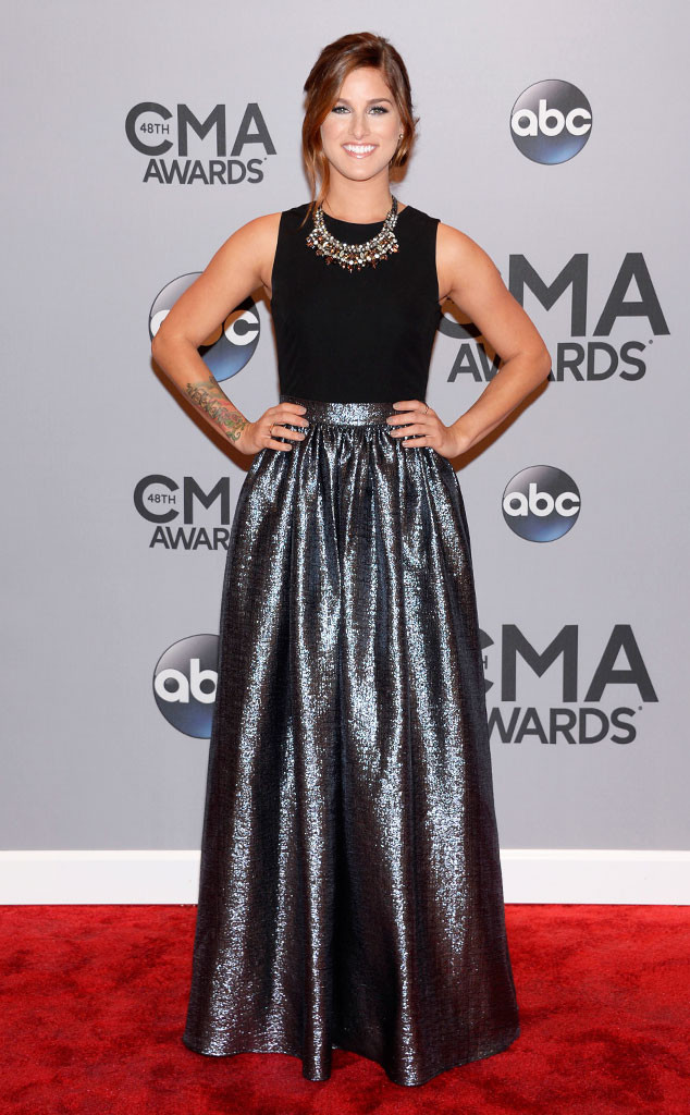 Cassadee Pope in Aidan Mattox – 2014 CMA Awards