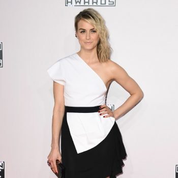 rs_634x1024-141123175433-634-taylor-schilling-american-music-awards-2014