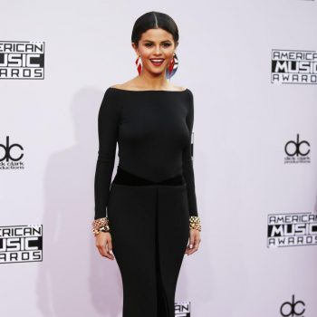 selena-gomez-american-music-awards-2014