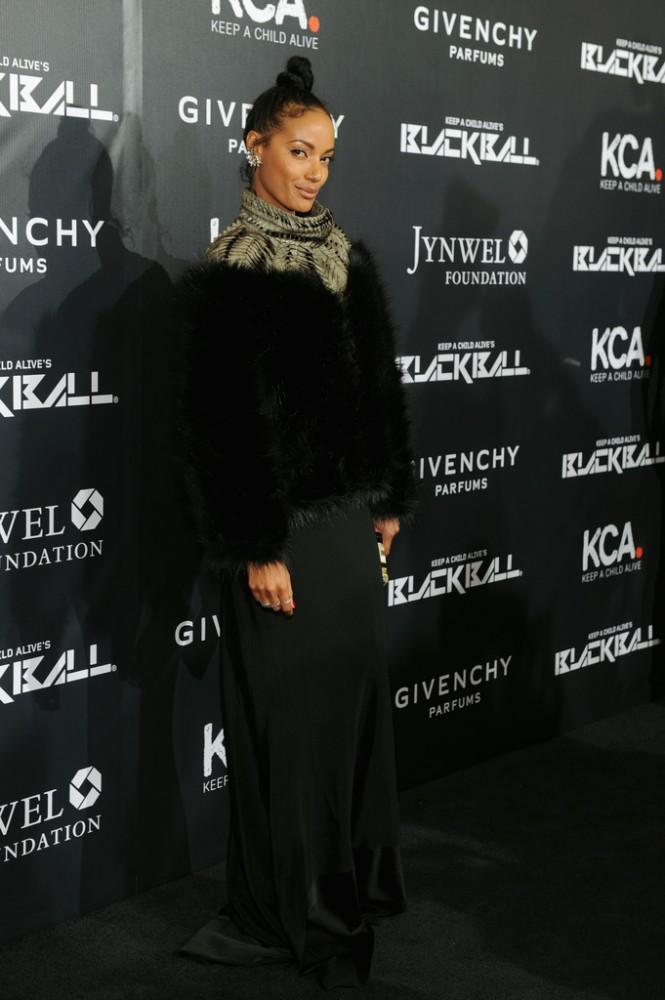 selita-ebanks-The-2014-Keep-a-Child-Alive-Black-Ball-red-carpet