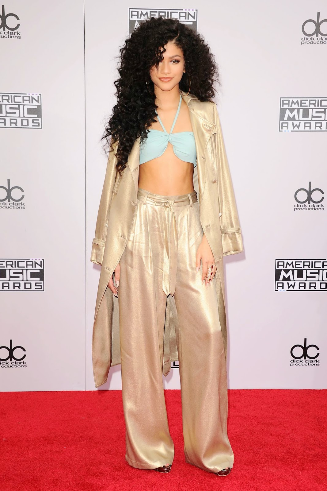 zendaya-coleman-2014-american-music-awards-07