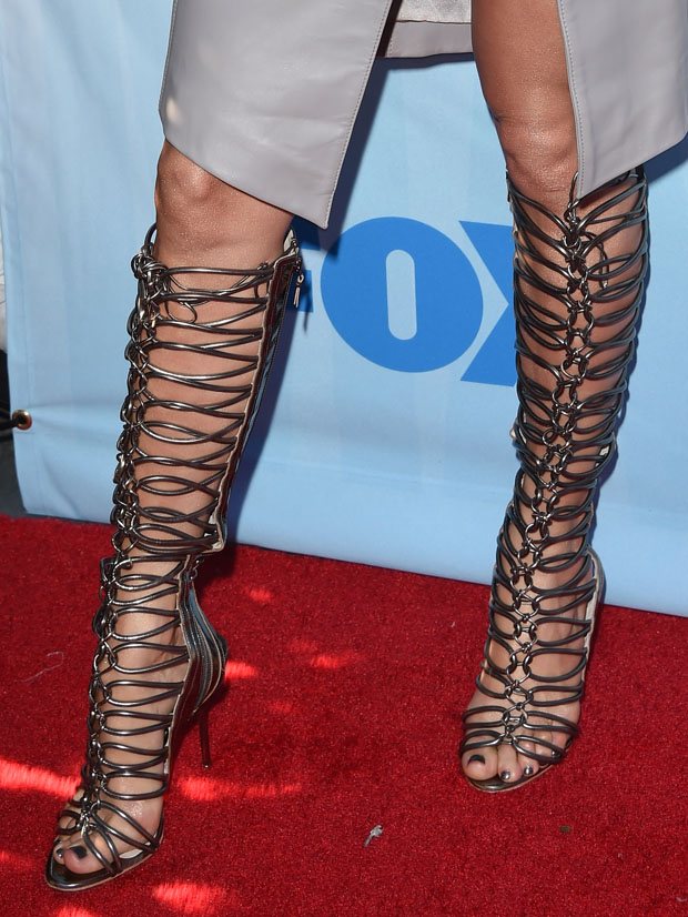 jennifer-lopez-cedric-charlier-thomas-wylde-american-idol-xiv-red-carpet-event/
