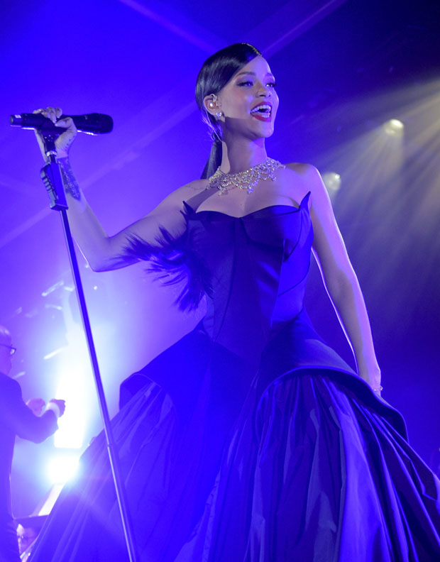 rihanna-zac-posen-first-annual-diamond-ball-clara-lionel-foundation-performance