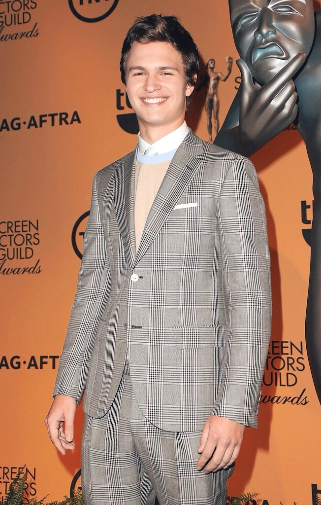 ansel-elgort-wears-brioni-spring-summer-2015-grey-check-suit-21st-annual-SAG-nominations.